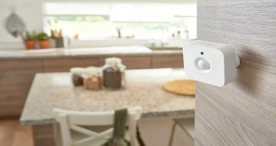 philips-hue-motion-sensor-wall-attached-1