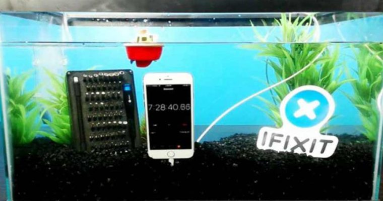 iphone-7-survives-more-than-7-hours-in-a-fish-tank-video-696x392