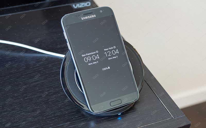 samsung-fast-wireless-charging-stand-5