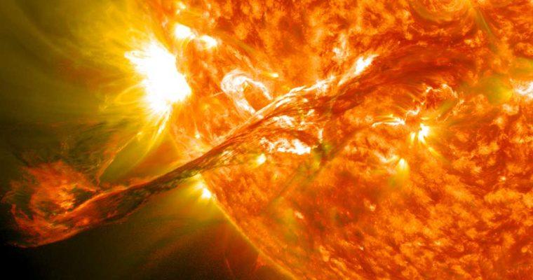 طوفان خورشیدی
