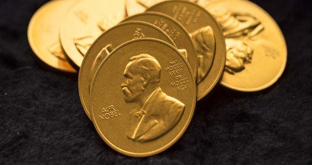 رفتار دو پهلوی نوبل با نوابغ