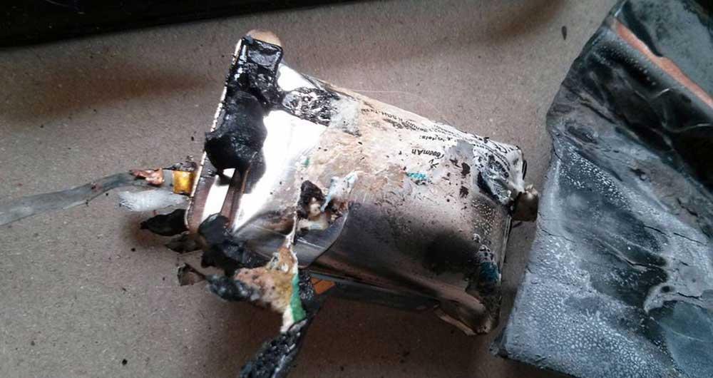 باتری لیتیومی منفجر شده