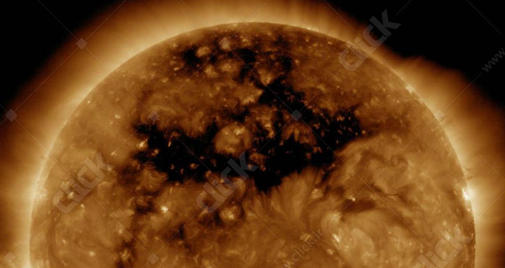 سوراخ تاج خورشیدی