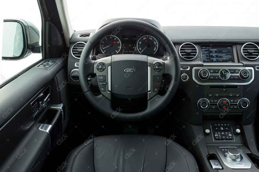 land-rover-discovery-2014-cabine_new