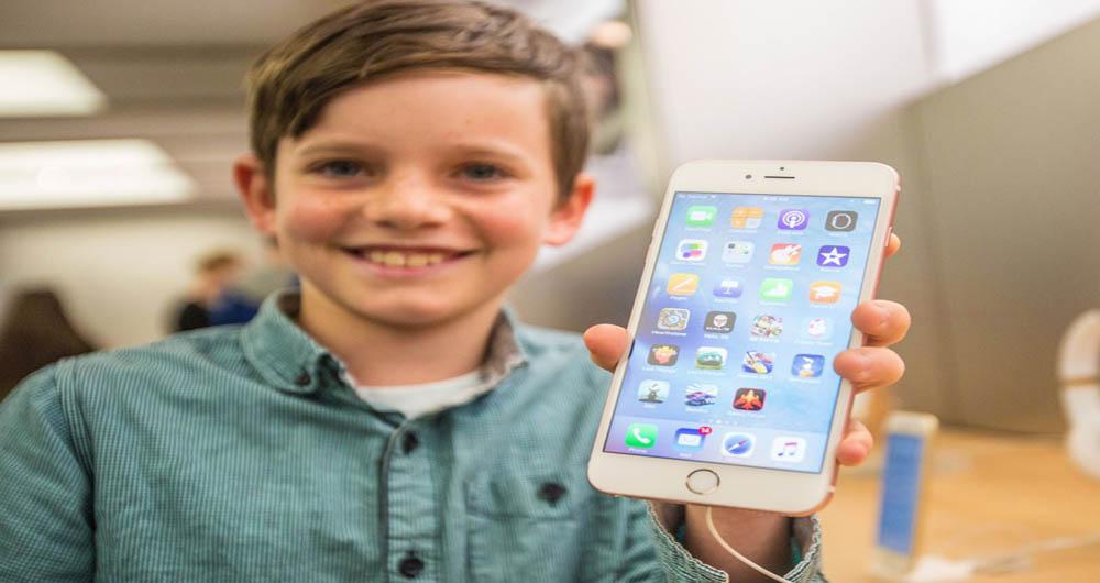 اپل محبوب ترین برند در میان نوجوانان