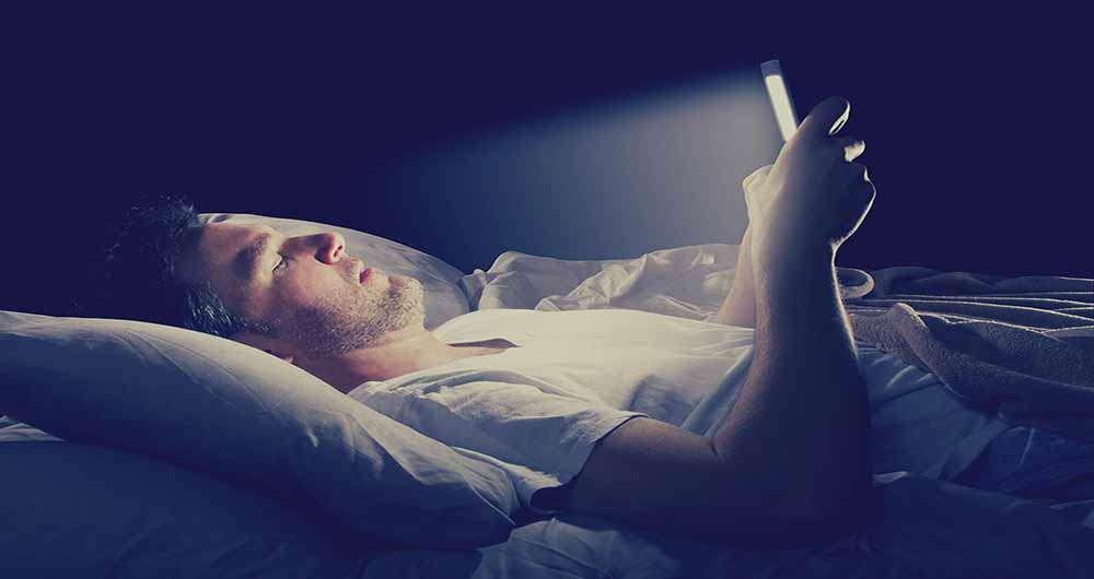 تاثیر نور صفحه گوشی بر روی بدن و مغز انسان