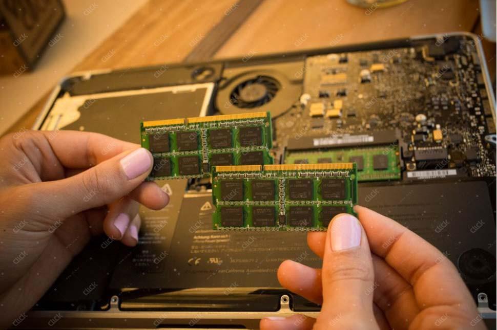 ظرفیت حافظه رم لپ تاپ شما کم است