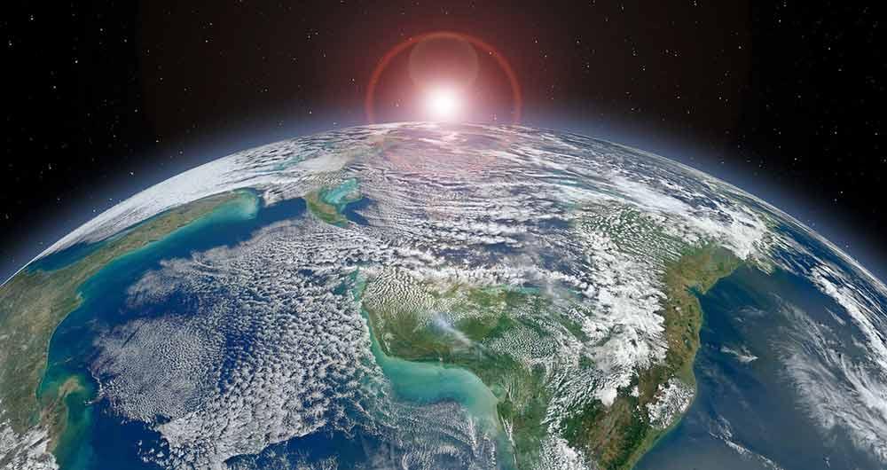 پیدایش حیات بر روی سیاره زمین