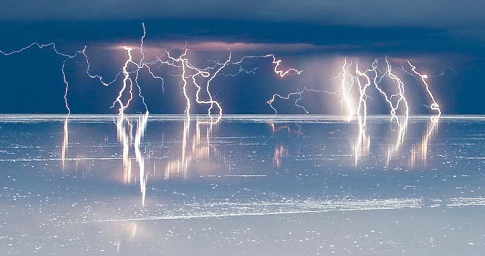 سرانجام راز چگونگی تولید برق از آب کشف شد