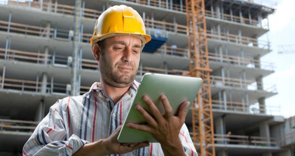 بررسی کاربرد فناوری های تلفن همراه در صنعت ساخت و ساز