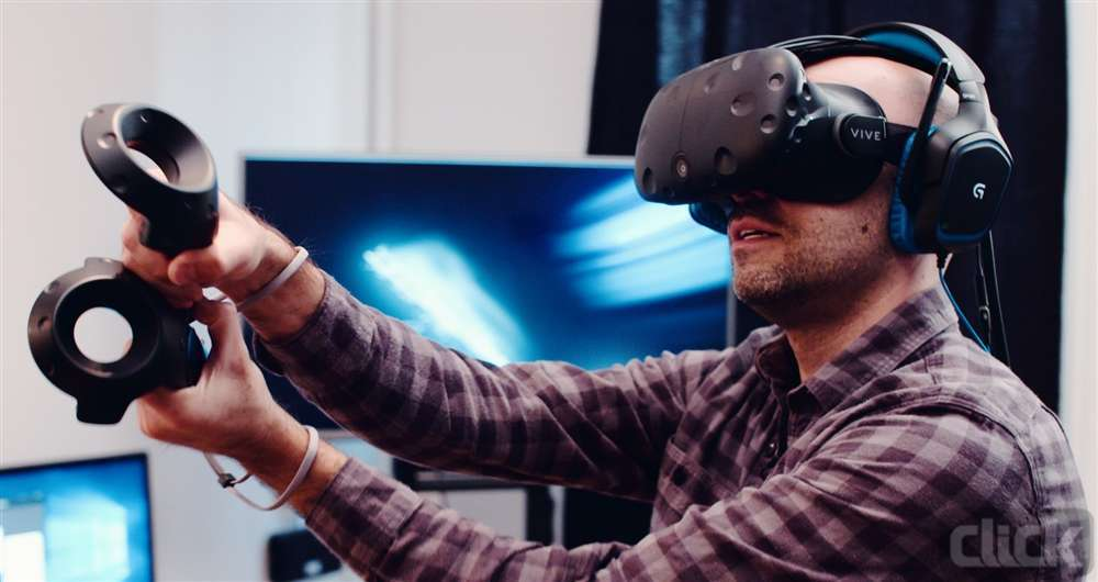 wired_this-room-size-vr-game-makes-you-into-an-actual-action-hero_new