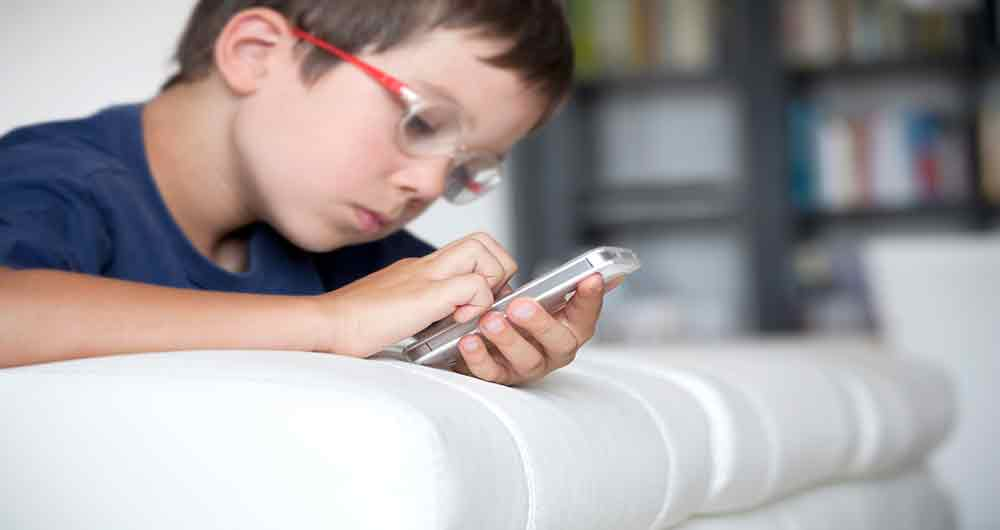 افزایش سن مجاز کودکان برای ورود به شبکه های اجتماعی