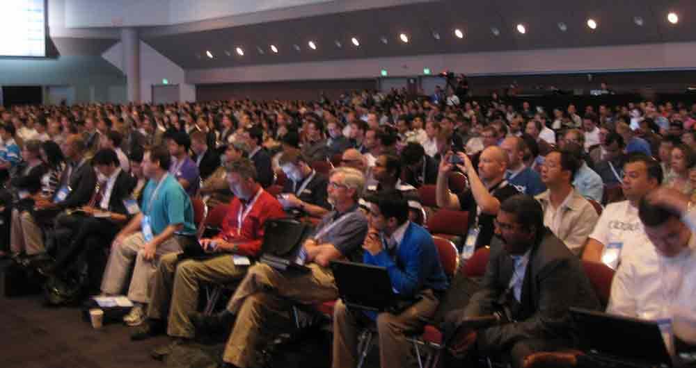 اولین جشنواره دنیای فناوری اطلاعات