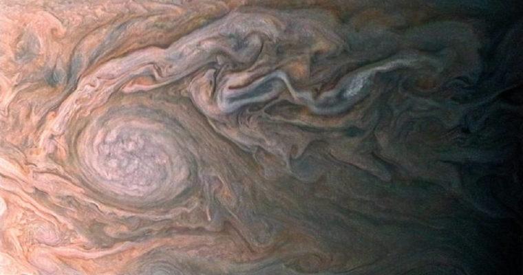 swirling clouds jupiter