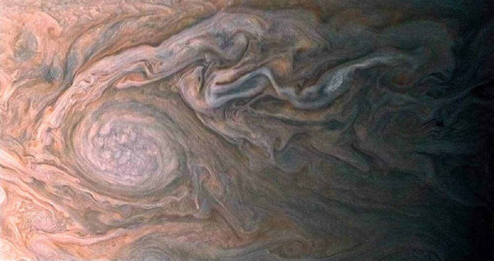 swirling clouds jupiter