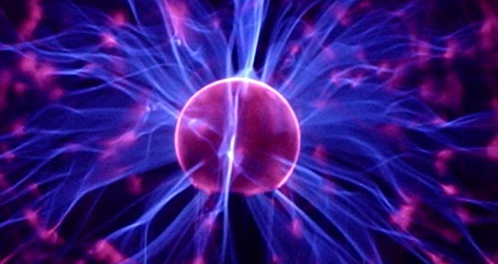 نیروی گرانش احتمال تقارن الکترومغناطیس را بر هم می زند