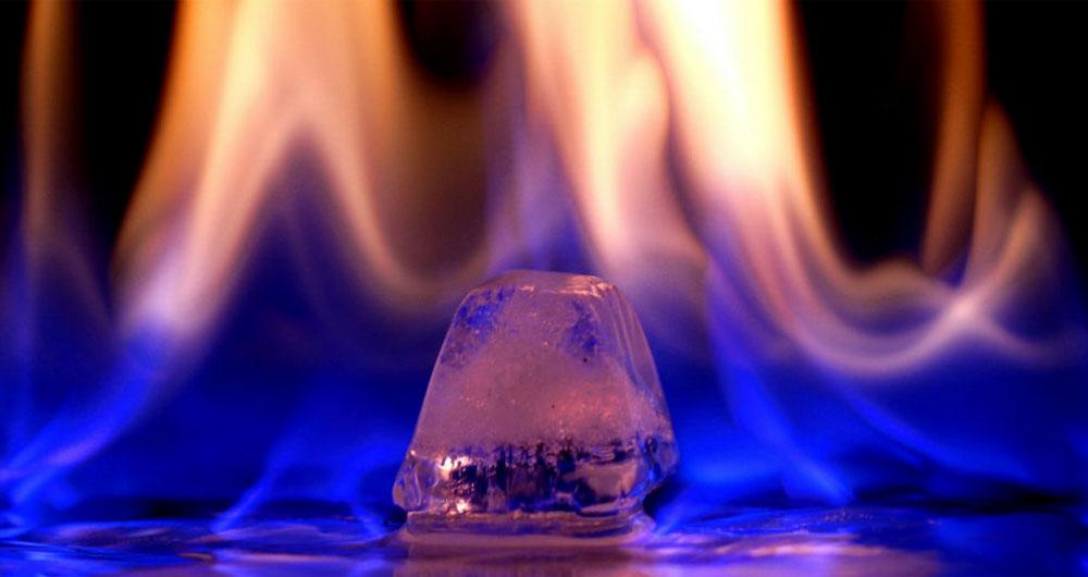 یخ آتش زنه