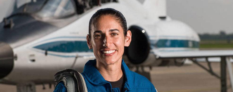 دختر ایرانی بیوگرافی یاسمن مقبلی بیوگرافی انوشه انصاری ایرانیان در ناسا ایرانیان آمریکا jasmin moghbeli