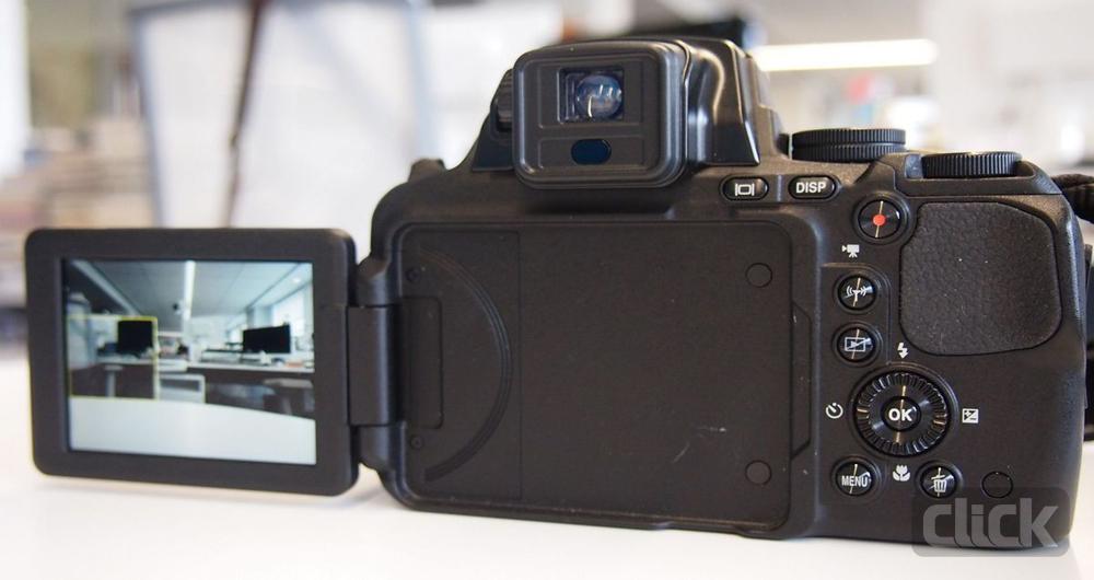 نقد و بررسی دوربین نیکون Coolpix P900