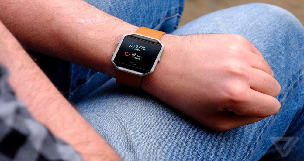 ساعت هوشمند Fitbit بدون هیچ اپلیکیشنی کار میکند