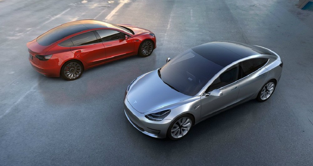 انتشار اولین عکس های واقعی از خودروی Tesla Model 3