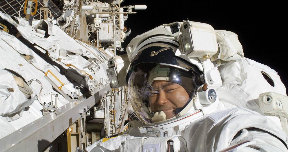 نصب پیشرفتهترین دوربین HD در ایستگاه فضایی بینالمللی