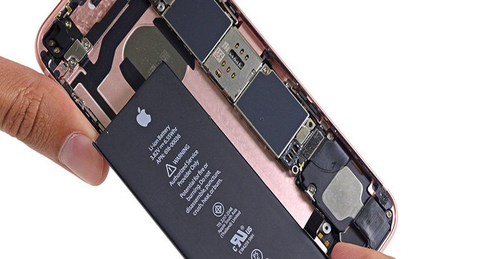 تعویض باتری آیفون های قدیمی 10 میلیارد دلار هزینه روی دوش اپل می گذارد!