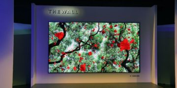 تلویزیون ماژولار 146 اینچی