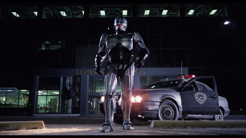 فیلم پلیس آهنی