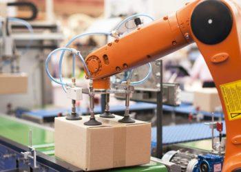 رباتها زنان را بیشتر از مردان بیکار می کنند!