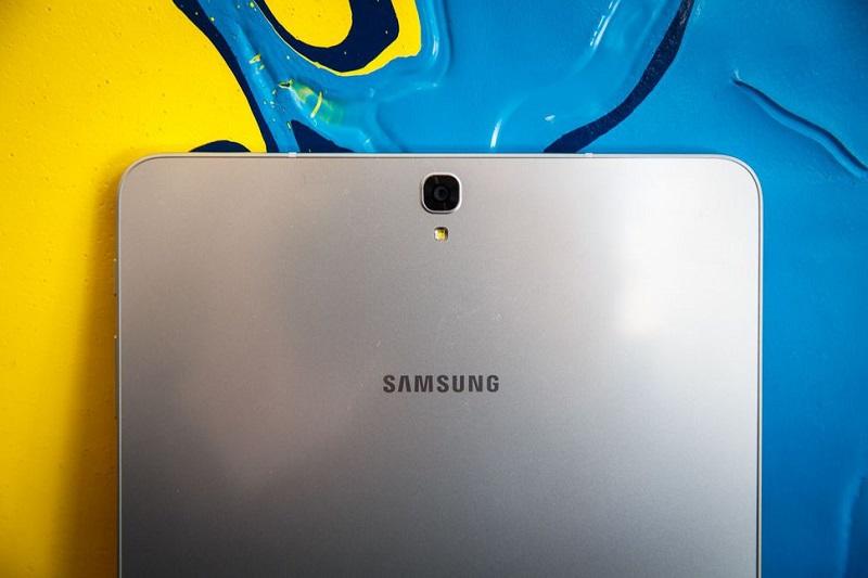 مشخصات تبلت گلکسی تب S4 منتشر شد؛ دستگاهی همه فن حریف!