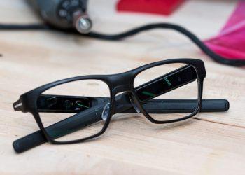 عینک هوشمند اینتل