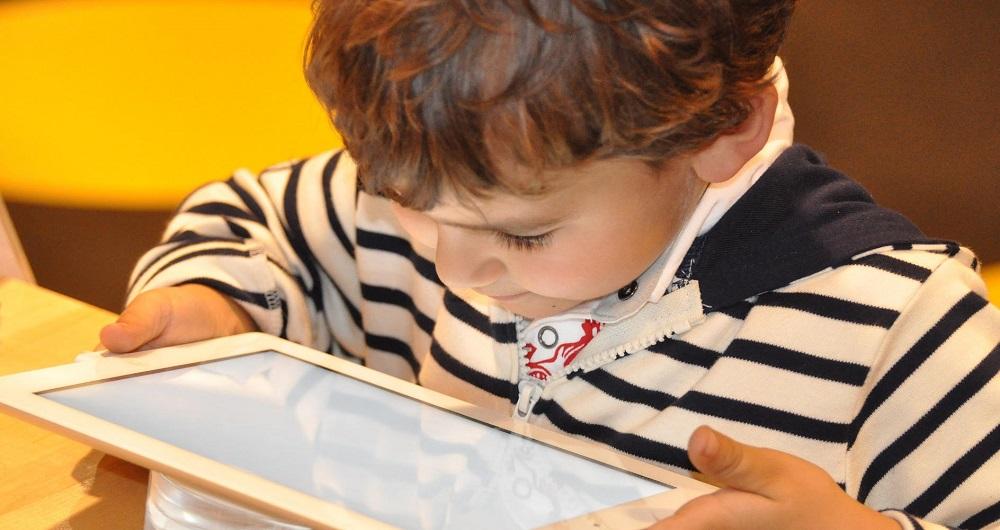 کودک در فضای مجازی