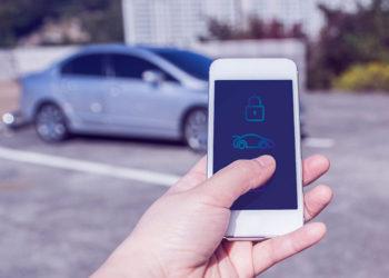باز کردن درب خودرو به وسیله گوشی