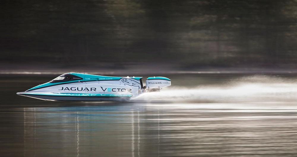 سریع ترین قایق الکتریکی جهان