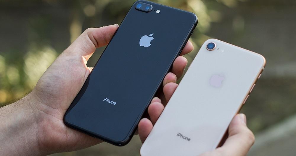 https://click.ir/wp-content/uploads/2018/08/iphone-8-vs-iphone-8-plus-1.jpg