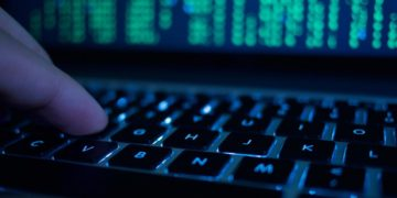 حمله اینترنتی