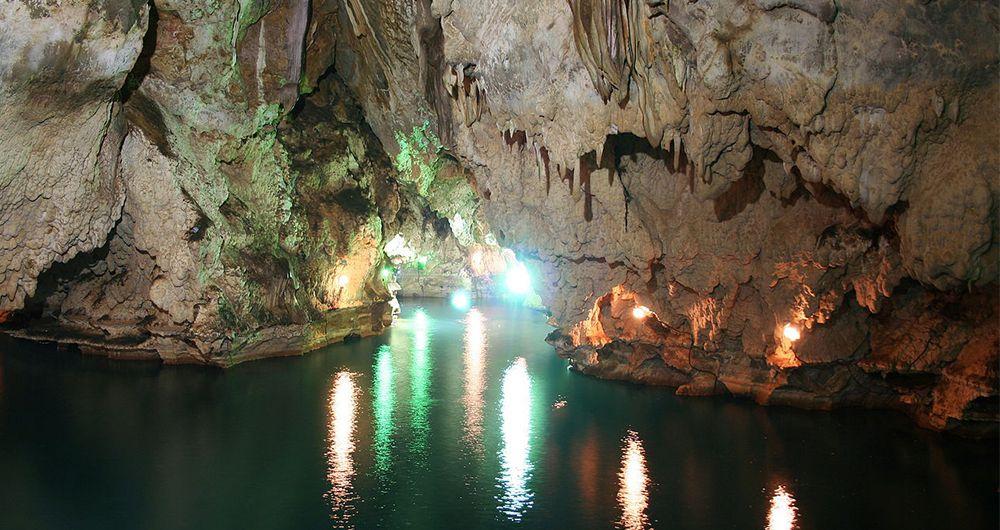 بزرگترین غارهای ایران را بشناسید