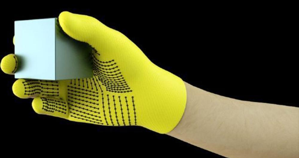 توسعه دستکش لمسی مجهز به سنسور برای تشخیص اشیا!