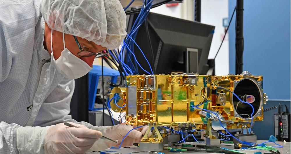 دکل SuperCam روی مریخ نورد Mars 2020 نصب شد