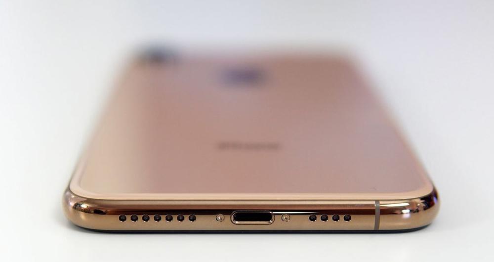 گوشی آیفون 11 دارای شارژر USB-C است؟