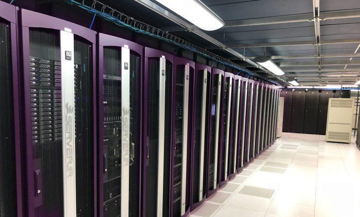 بهترین ویژگی ها برای انتخاب یک شرکت میزبان سرور اختصاصی چیست؟