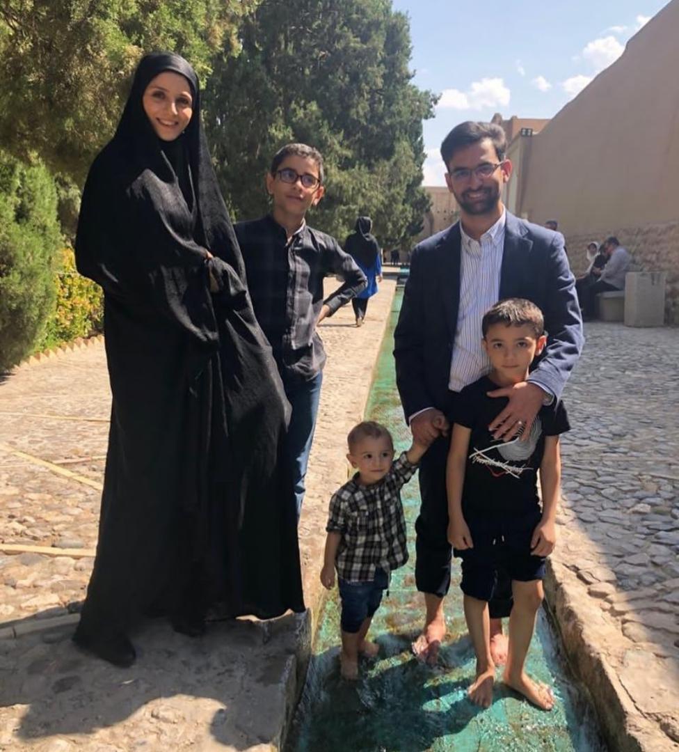 زندگینامه آذری جهرمی و همسرش | بیوگرافی آذری جهرمی و فرزندان