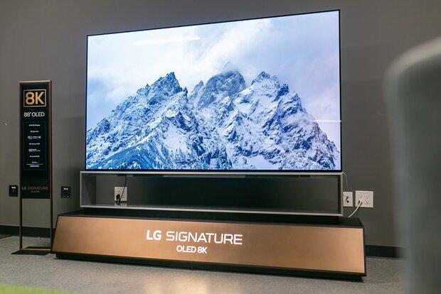 بزرگترین تلویزیون OLED جهان