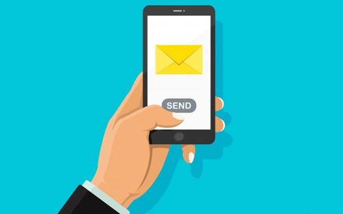 در زمستان 98 هشت میلیارد پیامک رد و بدل شده است