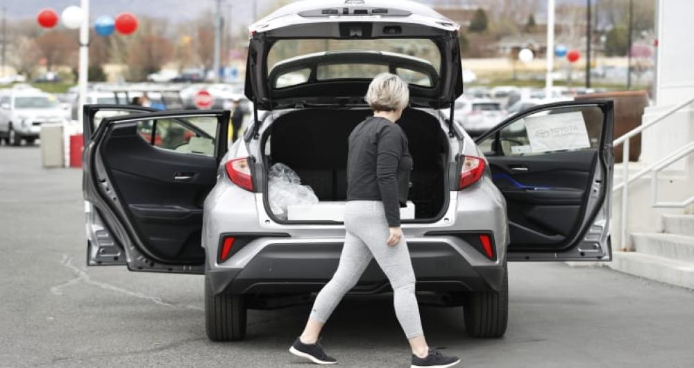 کاهش فروش خودرو