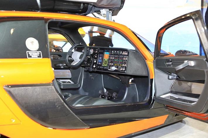 اولین خودرو پرنده جهان مجوز تردد گرفت!
