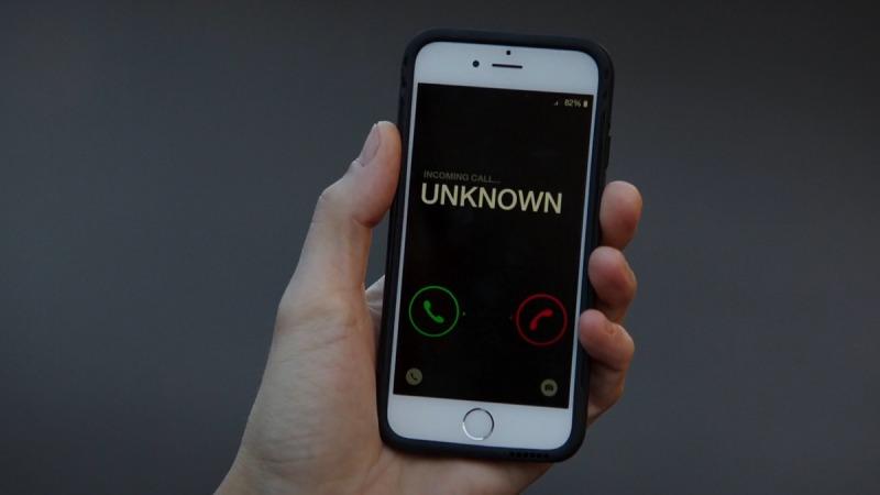در صورت تماس ناشناس بین المللی ، تماس دوباره با آن شماره برقرار نکنید