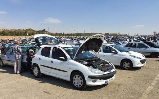 قیمت خودرو در بازار با تثبیت نرخ دلار بیشتر کاهش پیدا میکند