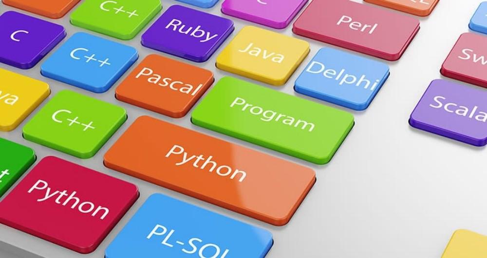 معرفی ۱۰ برنامه اندرویدی برای برنامه نویسی با زبان C در سال ۲۰۲۱
